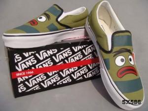 万斯VANS滑板鞋大嘴蛙 VN-OEYEGRE